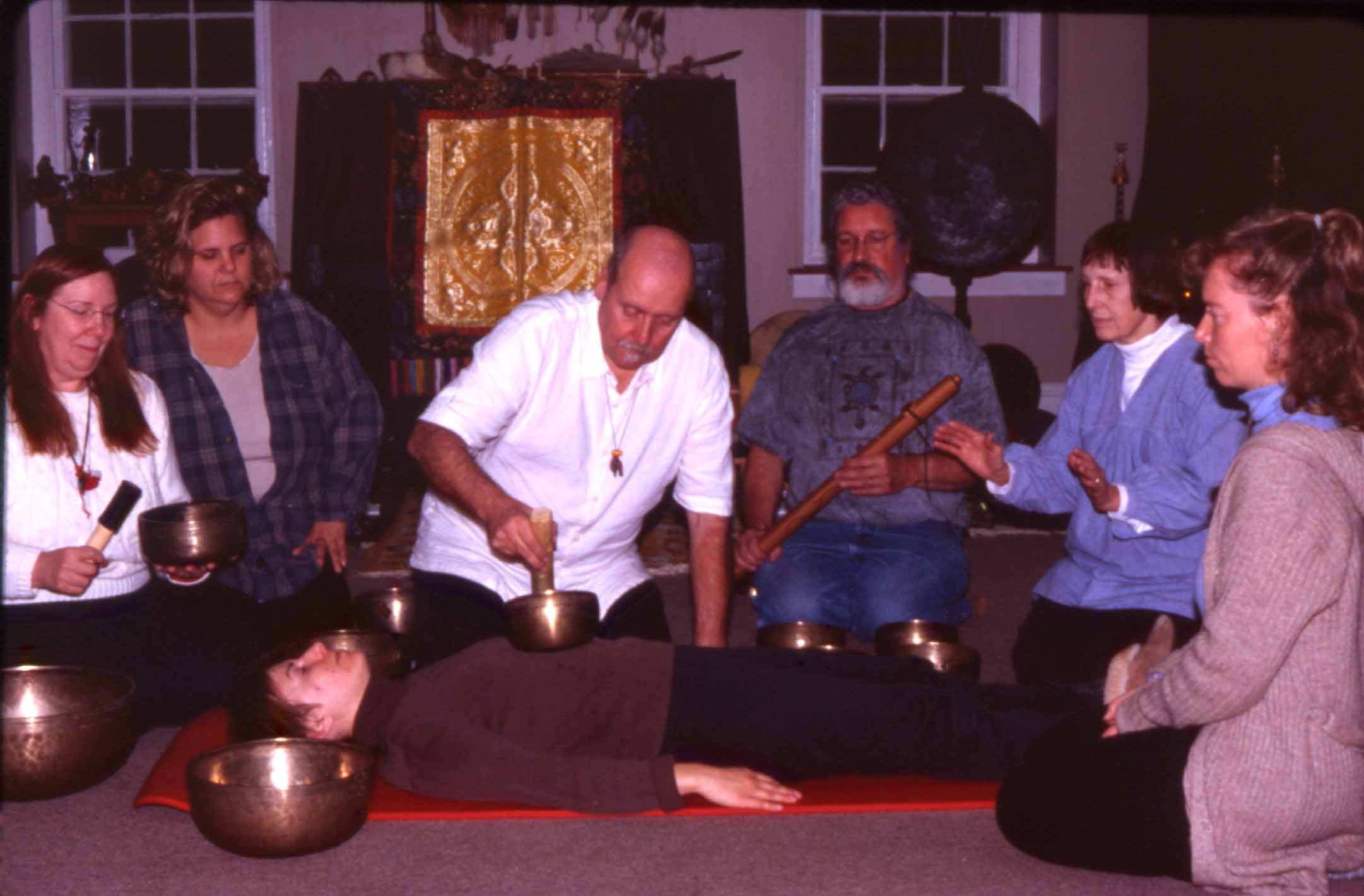 Mitch Nur demonstrates with a Singing Bowl